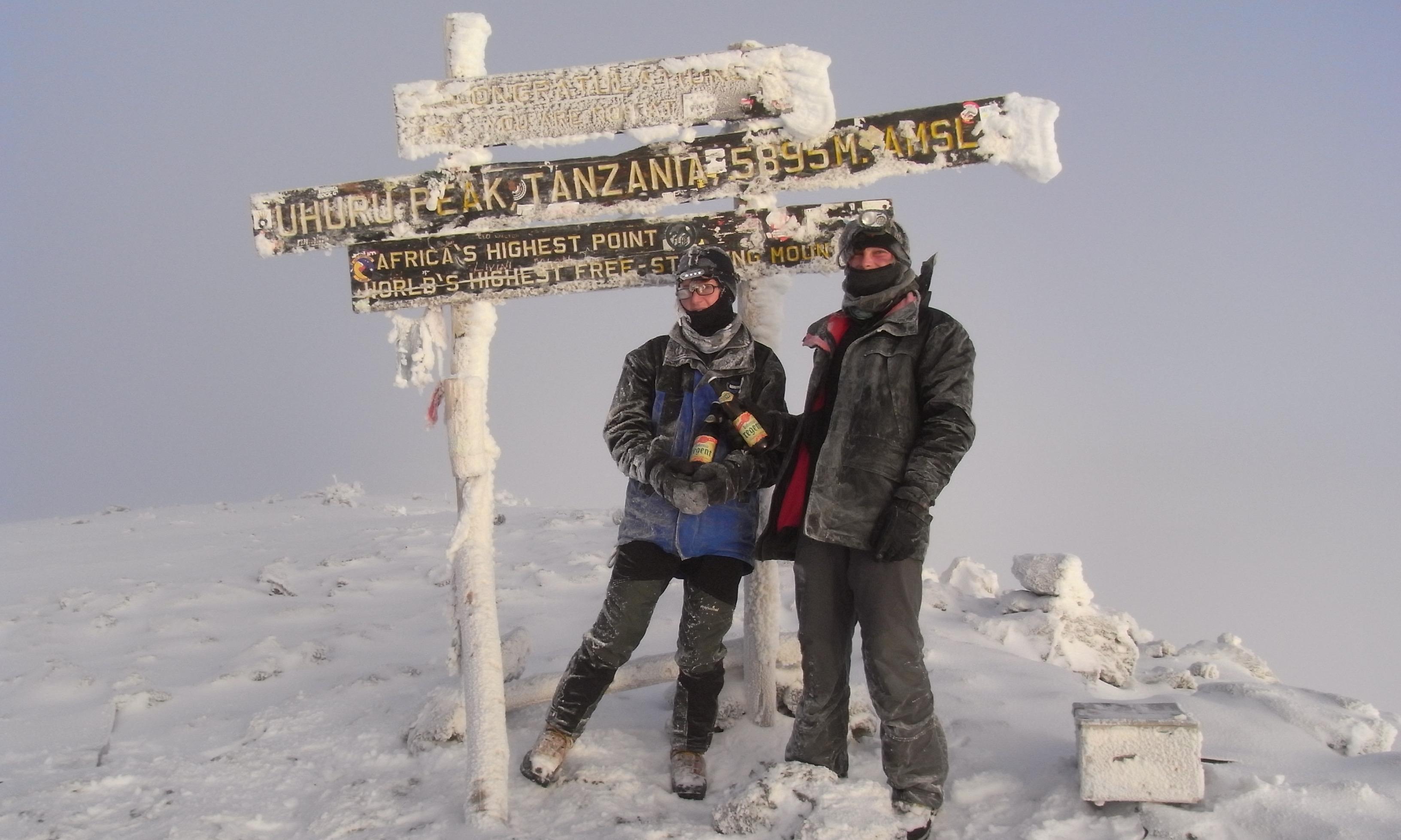 Auf den Kilimanjaro!   story.one