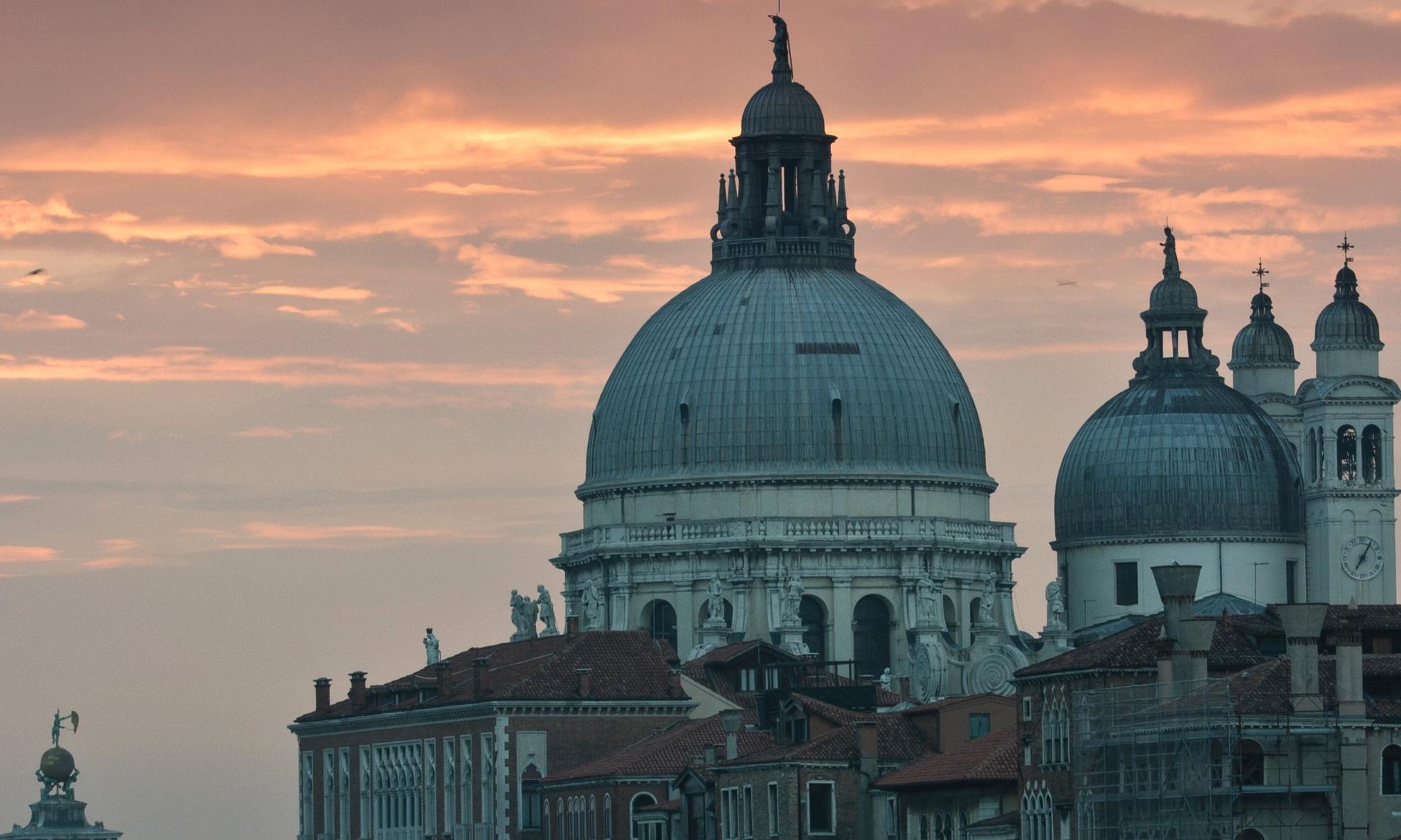 Eine Amerikanerin in Venedig | story.one