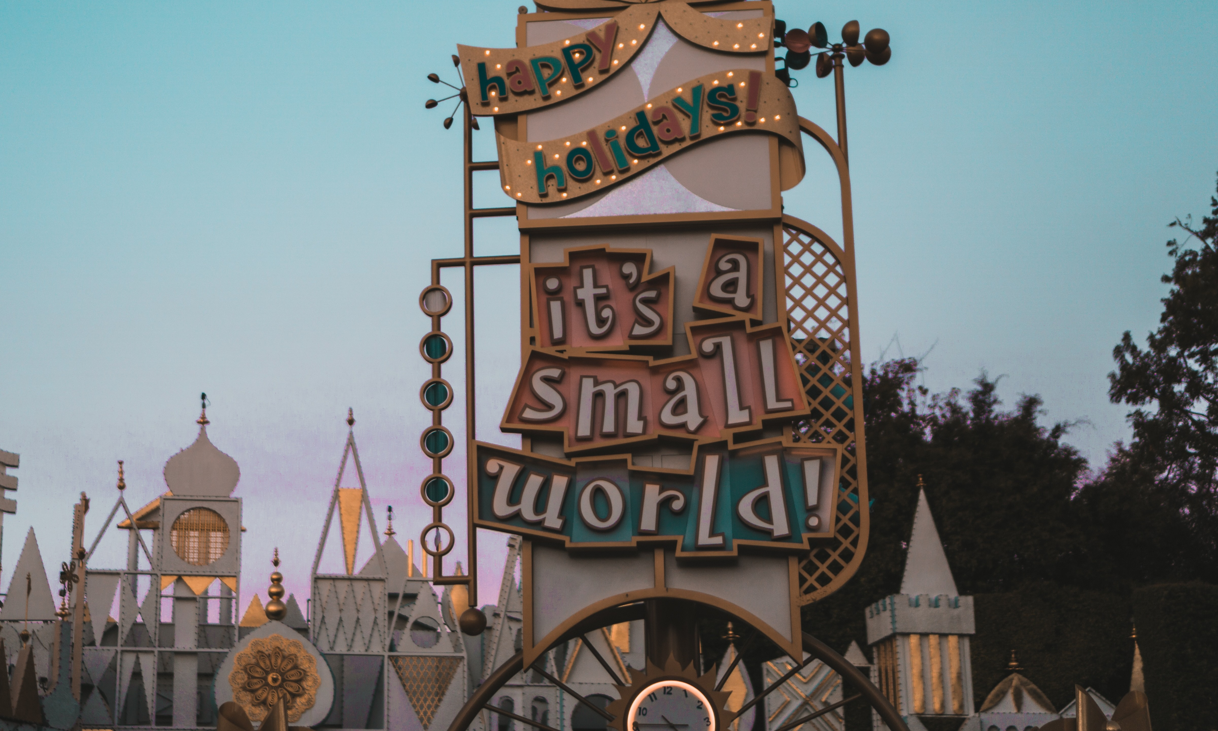 It's a small world | story.one