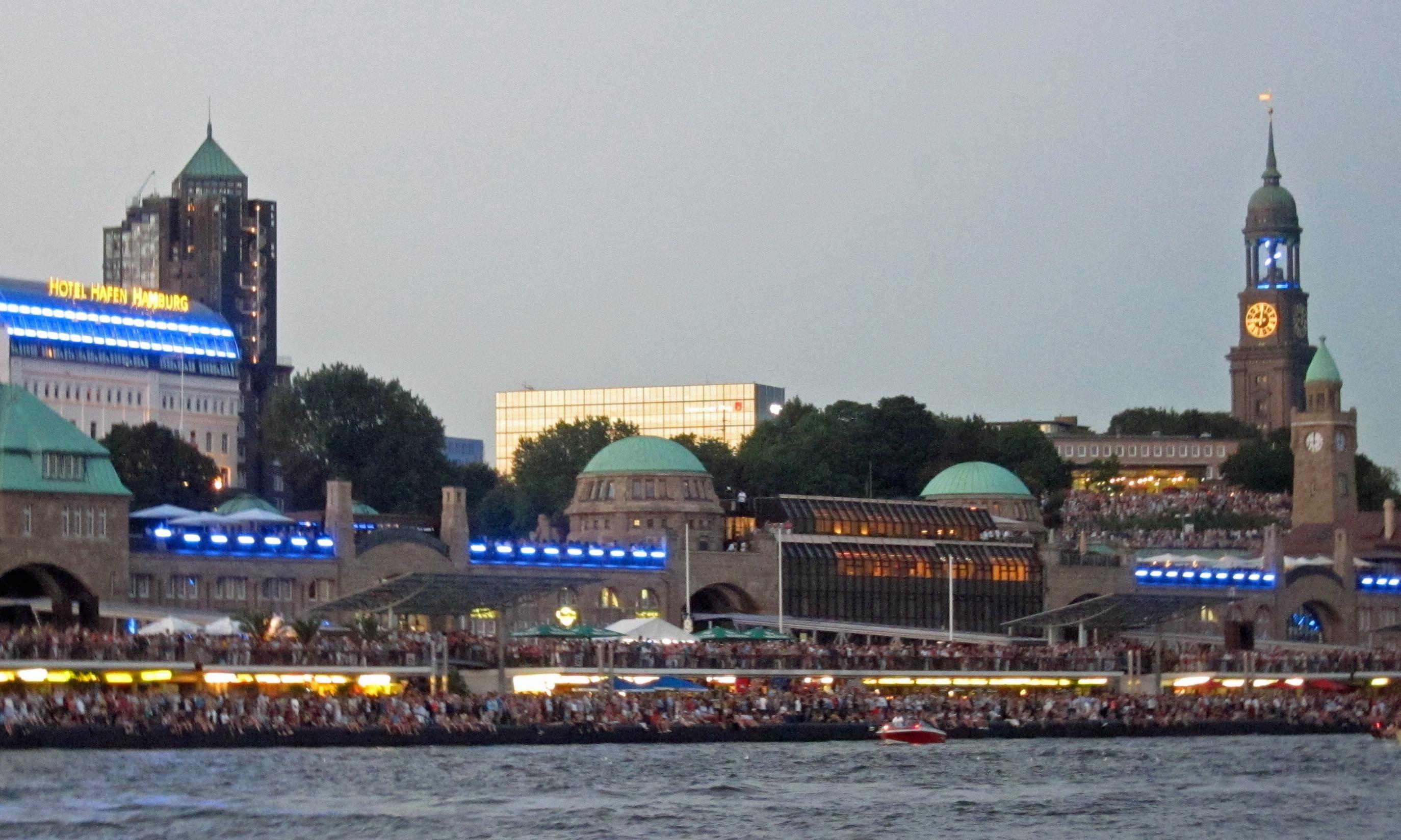 Hamburg – New York   story.one
