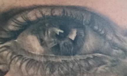 1396 Augen starren dich an! | story.one