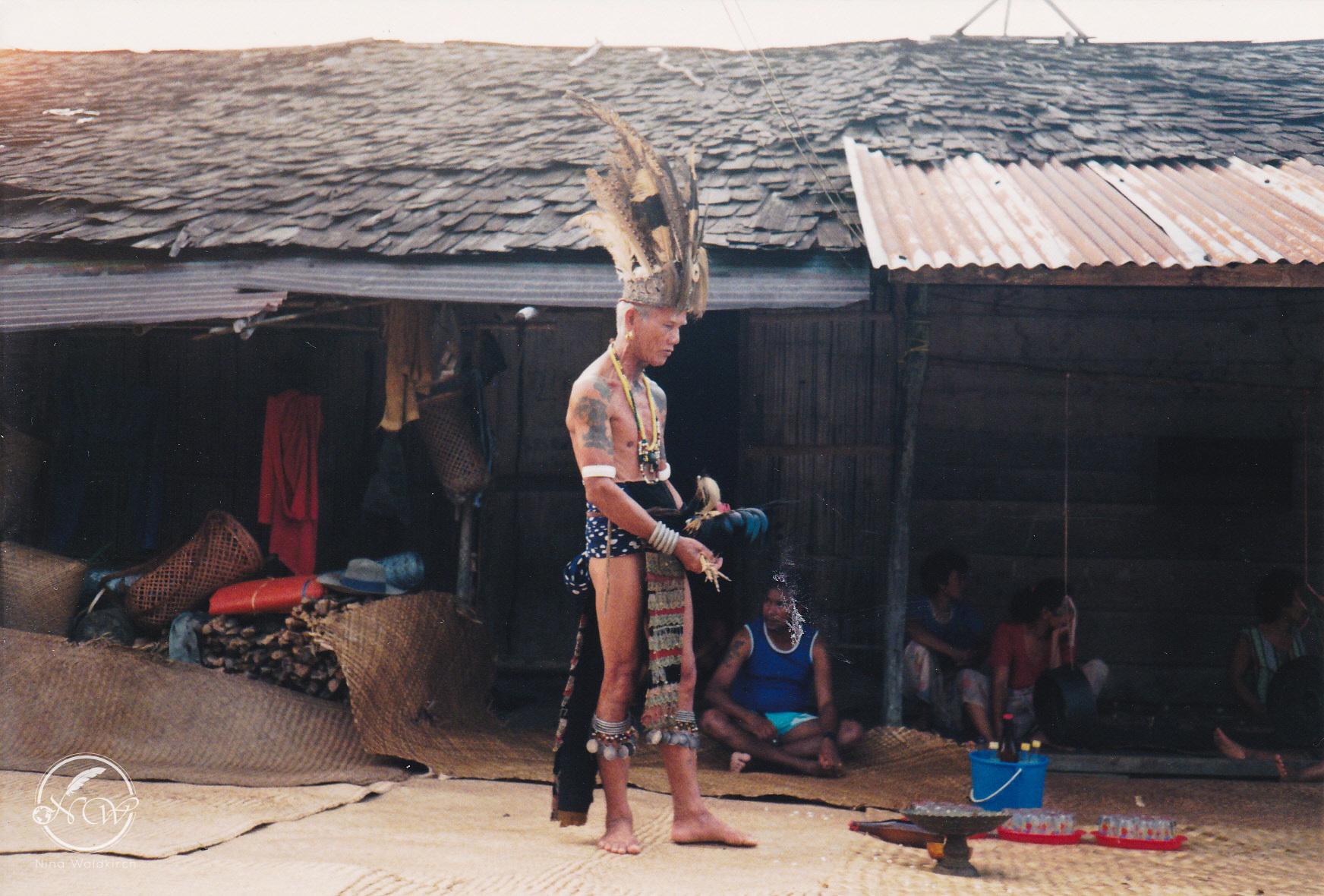 Das Leben der Iban im Dschungel von Borneo | story.one