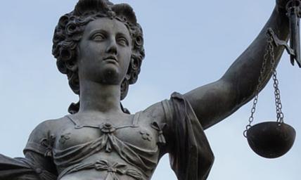 Jüngst bei Gericht | story.one