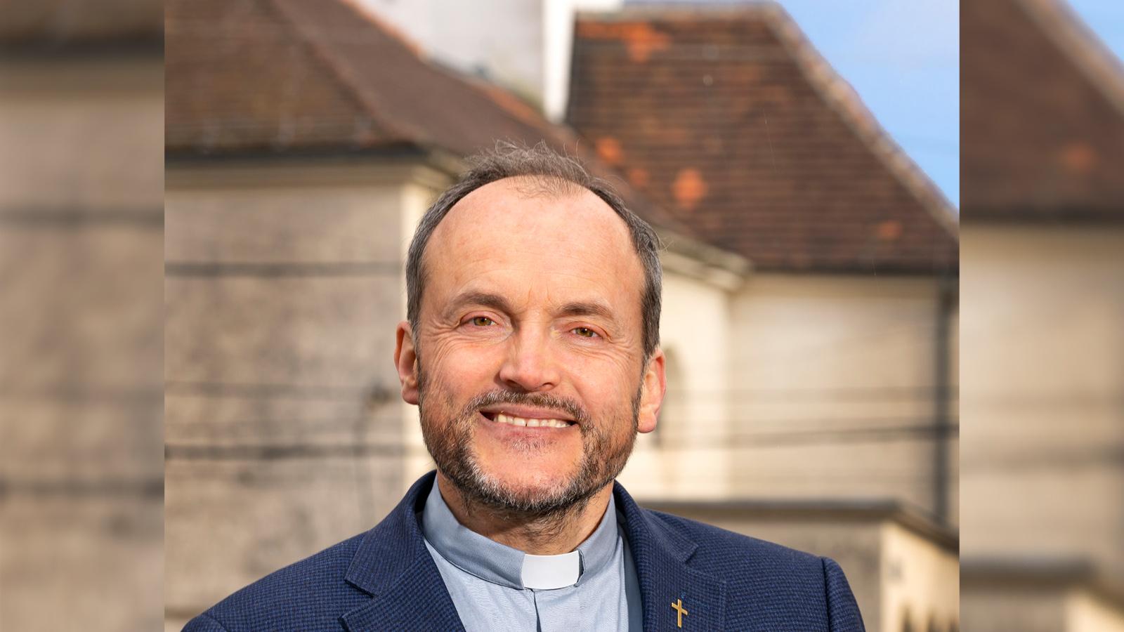 Harald Mally – der Pfarrer | story.one