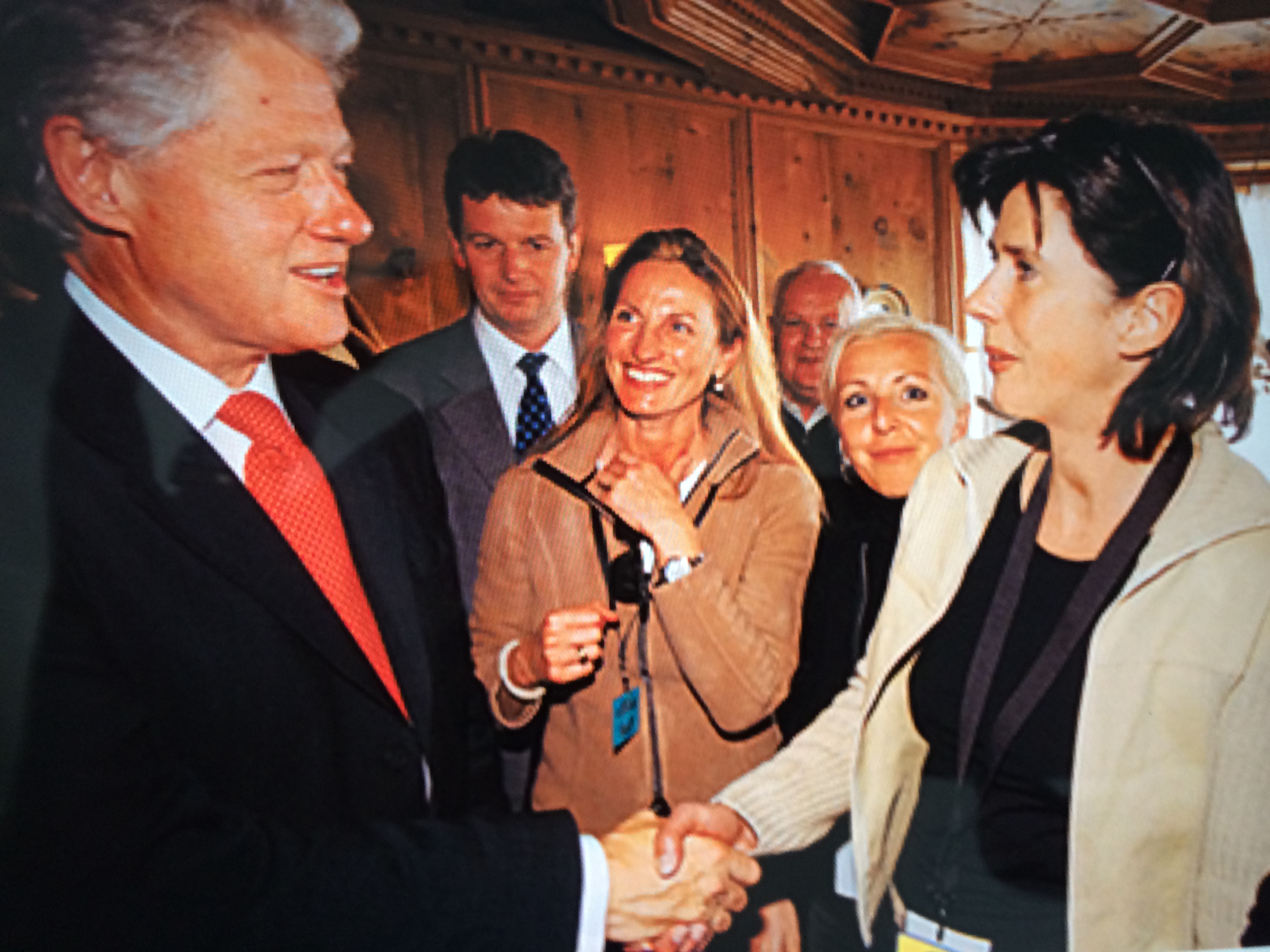 "Bill Clinton: ""Hello again!"" | story.one"