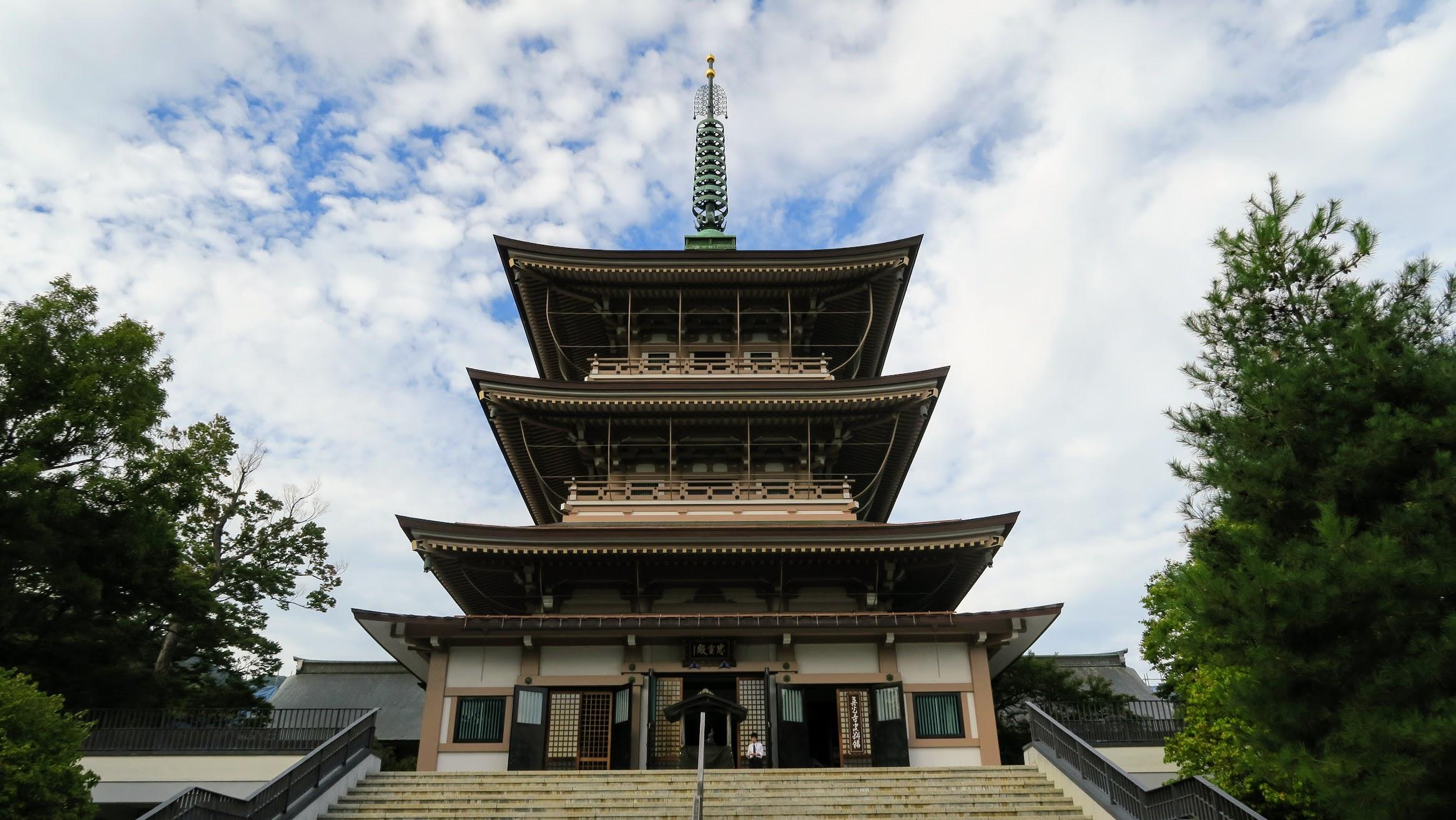 In Nagano zum Zenko-Ji   story.one