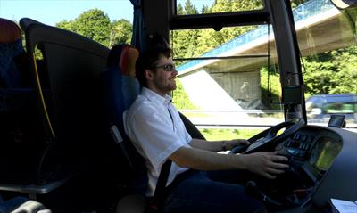 Der Busfahrer | story.one