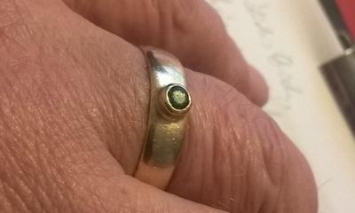 Ein Ring der Vergangenheit und Zukunft | story.one