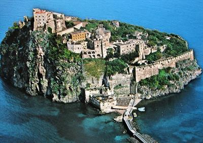 Ischia – Castello Aragonese | story.one