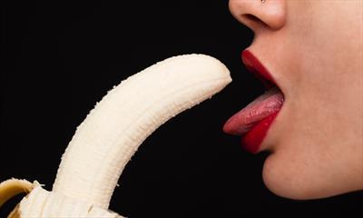 Cheeta fressen Banane | story.one