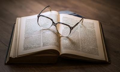 Ein klassischer Fall von Book-Hangover   story.one