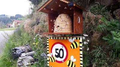 50 Bienengeburtstag | story.one