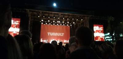 TUMULT | story.one