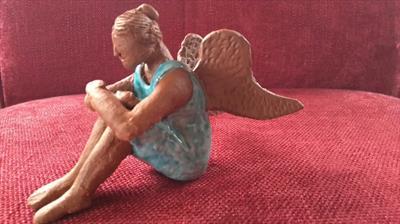 Ein kleiner Engel reist um die Welt | story.one
