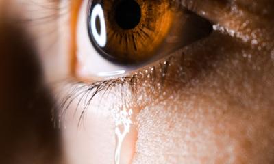 Tränen, die nicht kommen wollen | story.one