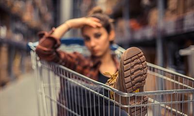 Männer brauchen keine Einkaufswagen | story.one