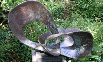Barbara Hepworths Skulpturengarten   story.one