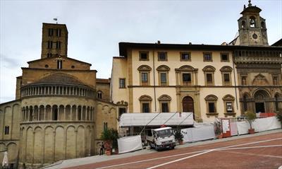 Bella Toscana e vino rosso | story.one