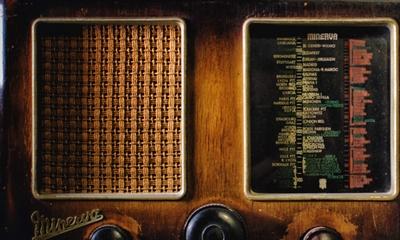 Ohne Strom- ka Radio! | story.one