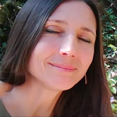 Sandra Leis
