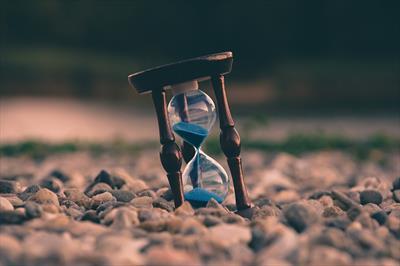 Heute, morgen oder doch schon gestern.   story.one