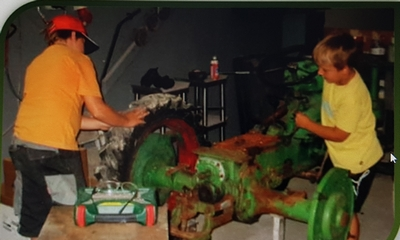 Der grüne Traktor | story.one