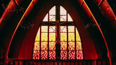 Geheimnisse der Kirche | story.one