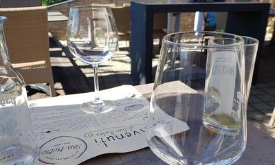 Der Wein ist aus | story.one