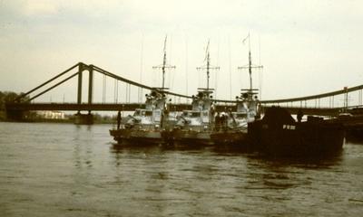 Ein sonniger Sonntag bei der  Reichsbrücke | story.one
