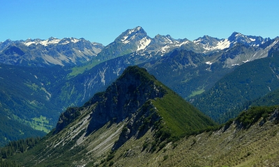 Zwei Bergfreunde... | story.one