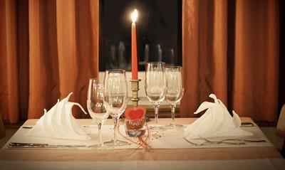 Candle Light Dinner ( III ) | story.one