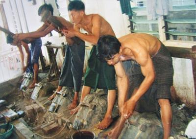 Rundgang in Mandalay   story.one