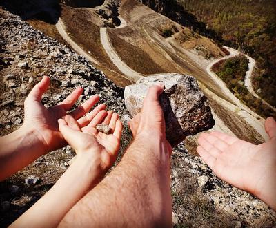 Loslassen. Die leere Hand. | story.one