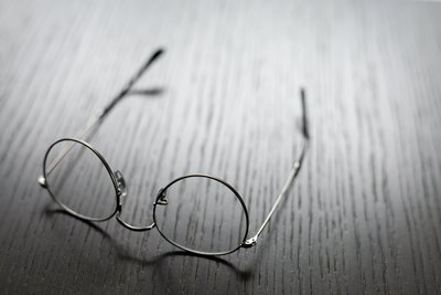 Glasses | story.one