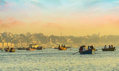 Varanasi – lebendig unter Toten | story.one