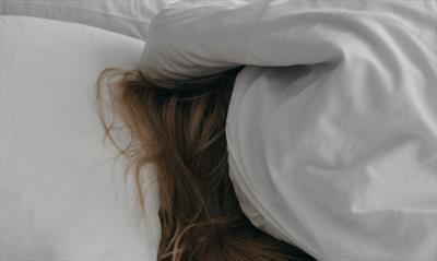 Auf einer Skala von 1 bis müde bin ich Dornröschen. | story.one