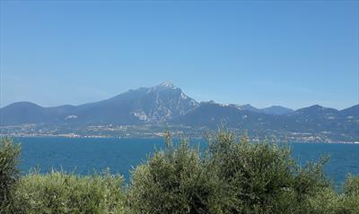 Feuerwerk am Lago di Garda   story.one