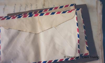 LUFTPOST – PAR AVION – BY AIR MAIL | story.one