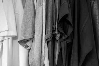 Die verhasste Farbe Schwarz | story.one