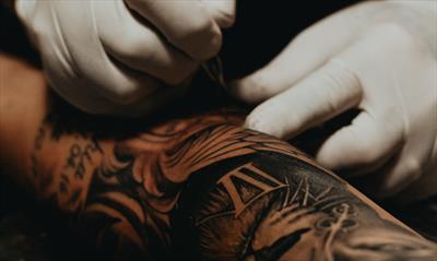 Ein Tattoo = Verarbeitung, Erinnerung und? | story.one