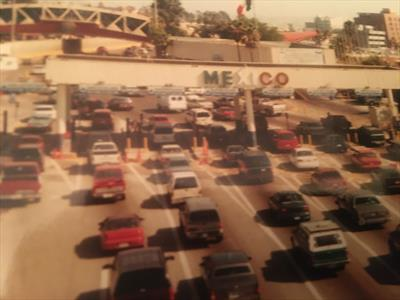San Diego, Tijuana, Martin und Walter (II)   story.one