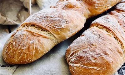 Ein Stück Brot | story.one