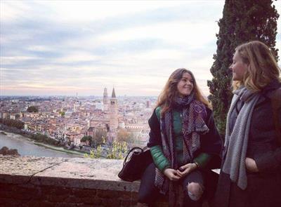 Als Sekretärin Julias in Verona | story.one
