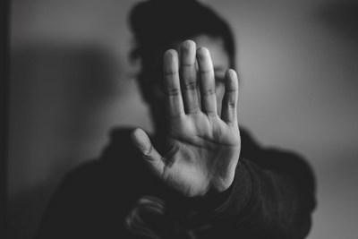 Faß mich nicht an! | story.one